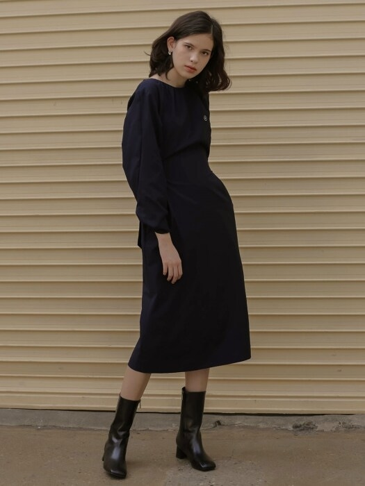 002 Sleeve twist shirring dress [NA]