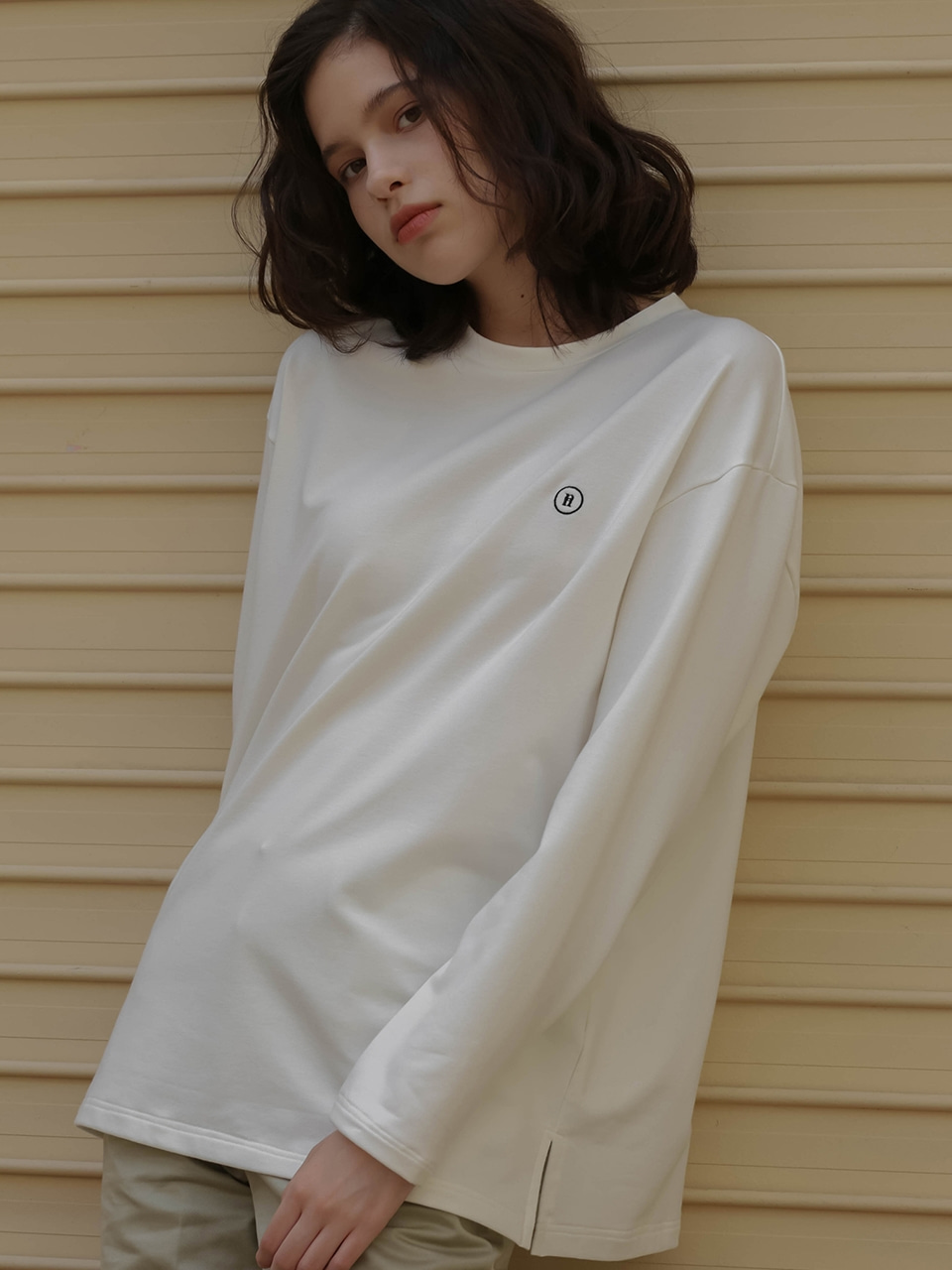 002 Basic logo long sleeve T-shirt
